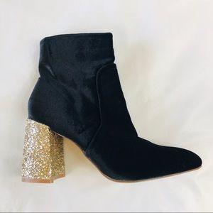 Betsy Johnson Kacey Velvet Booties - Size 8.5 -NEW